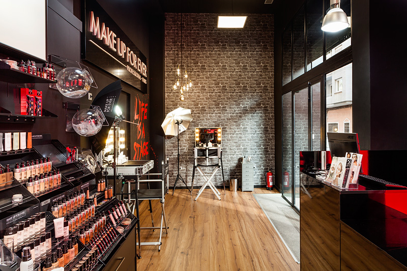 Tienda Make Up For Ever de Alicante - 4