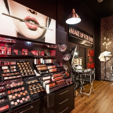 Tienda Make Up For Ever de Alicante - 3