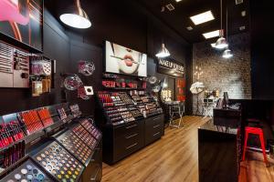 Fotografía de Interiorismo - Tienda Make Up For Ever Alicante